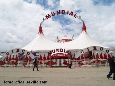 Calle del Infierno de la Feria de abril de Sevilla